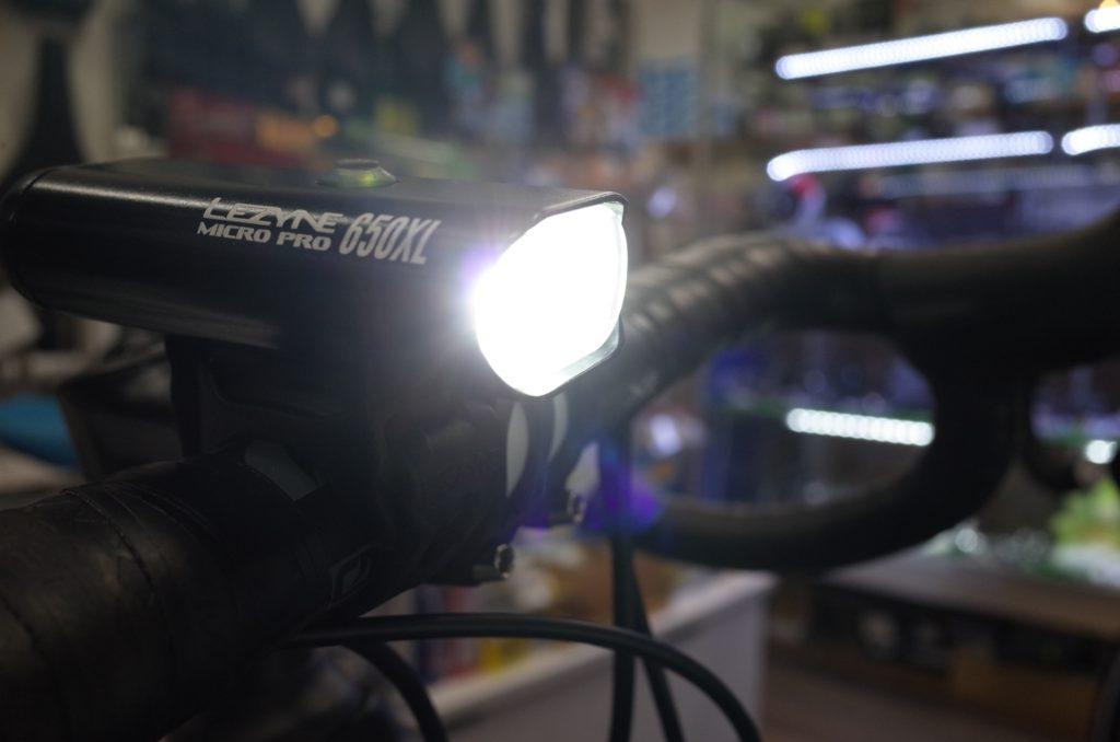 ロードバイクでも明るいライトを!LEZYNE MICRO DRIVE PRO