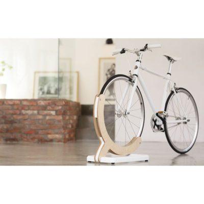 自転車スタンドに革命を起こす!mclum(マクラム)のディスプレイスタンド!