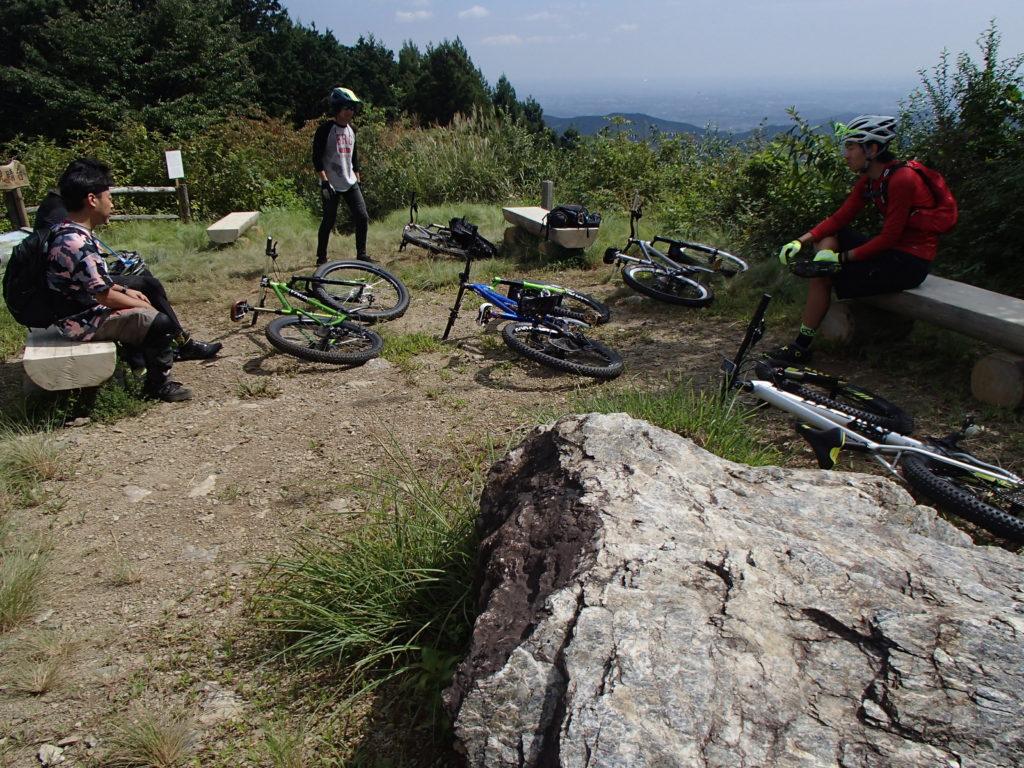 MTBで平日サイクリング、雨で講習会や週末ライドはお休みでした。