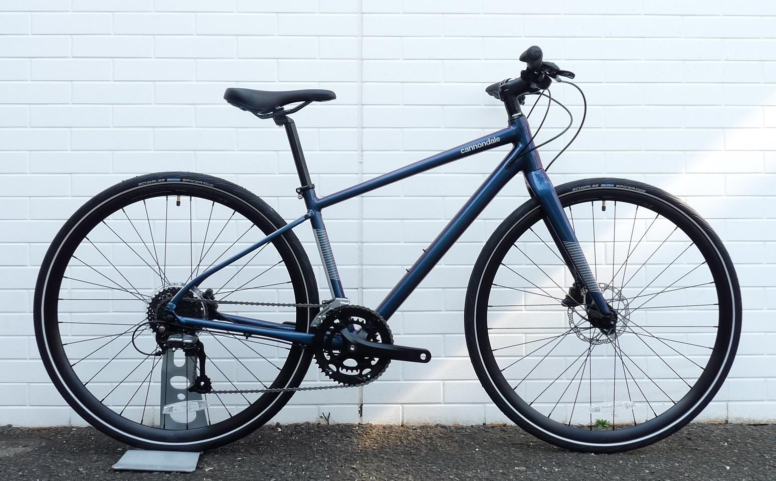 軽くて多目的に使えるクロスバイク!cannondale QUICK 3