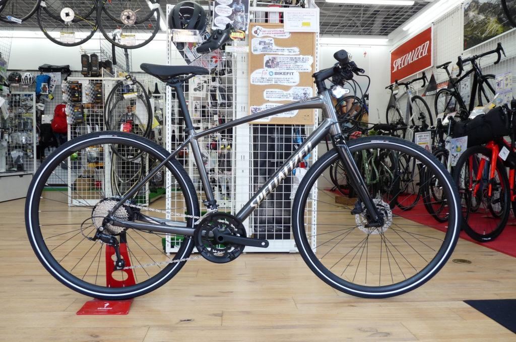 スペシャライズドのクロスバイクSIRRUSが特価セール中です!!