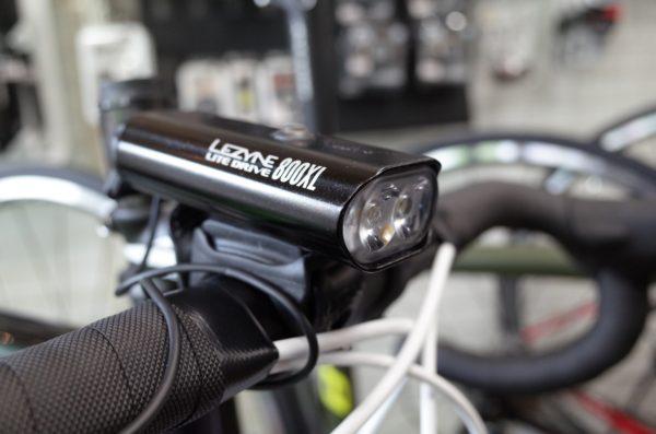 明るいライトにプラスワンを。レザイン LITE Drive 800XL